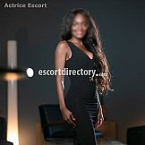 Escort Ashly