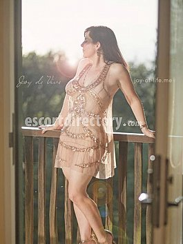 Escort Joy de Vive