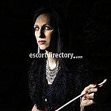 Escort Mistress Lilien Cross