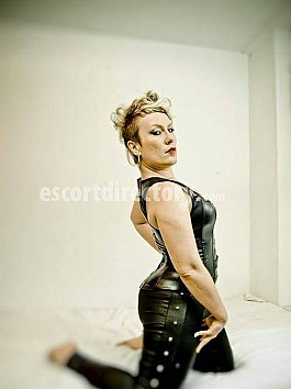 Escort Domina June Lust