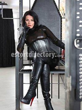 Escort Mistress Maxim