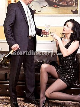 Escort Sonya and Mike