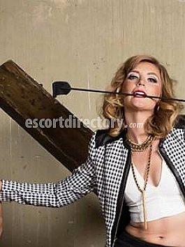 Escort Mistress Mona Wales
