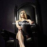 Escort Head Mistress Scarlet